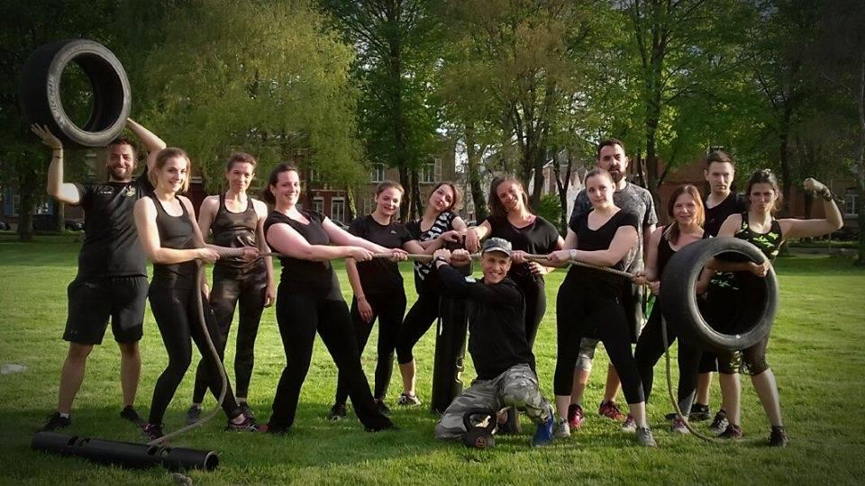 L'entraînement militaire pour sportif et débutant à Amiens s'appelle le Bootcamp