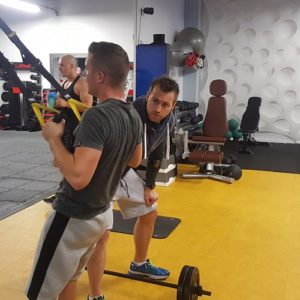 Les muscles des omoplates bossent bien grâce à ce type d'exercices