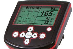 Cadran mesurant les performances du cycliste sur wattbike